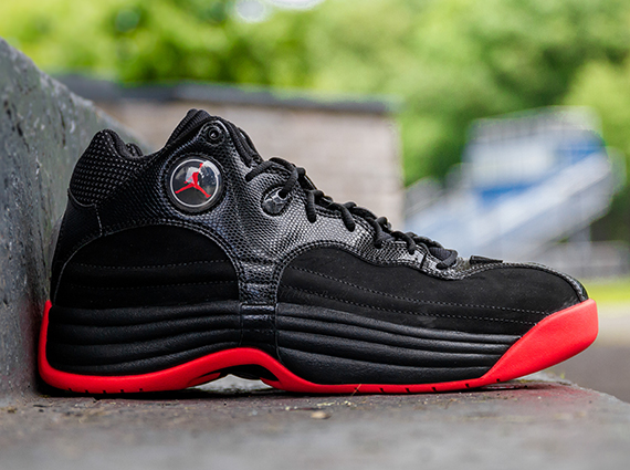 Air Jordan Jumpman Team 1