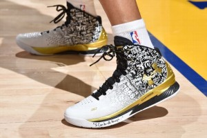 curry basketball shoes